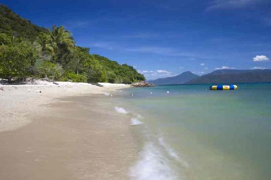 Cairns Island Resorts